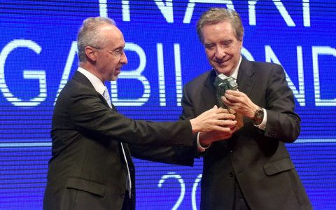 Iñaki Gabilondo recibe el premio Taburiente 2016