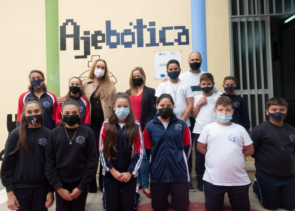 La Fundación Diario de Avisos colabora con 'Ajebótica', un proyecto educativo pionero en Canarias