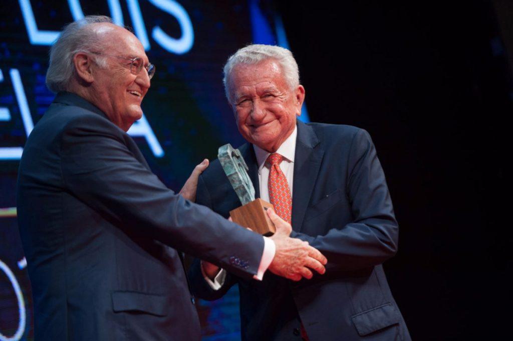 Pedro Luis Cobiella recoge su Premio Taburiente 2017 | Foto: Fran Pallero
